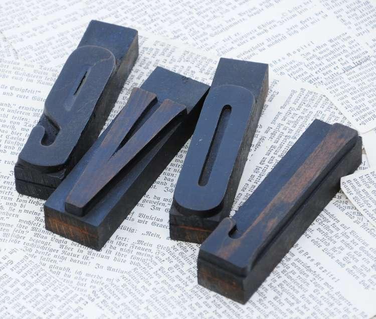 Love Holzbuchstaben Druckbuchstaben Dekoration Lettern